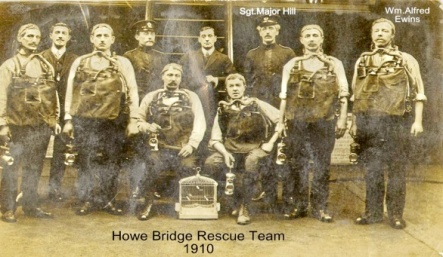 Howe Bridge Rescuers.jpg